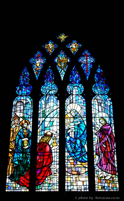 stained glass window, Holy Trinity Church, Devonport. Photo by Aotearoa.co.nz